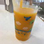 宮崎空港内ドリンクスタンド「パーム」でマンゴージュースを飲む★★★
